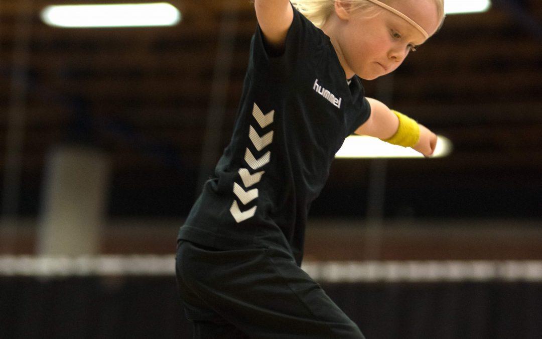 Nu Rykker Vi / SportsMix